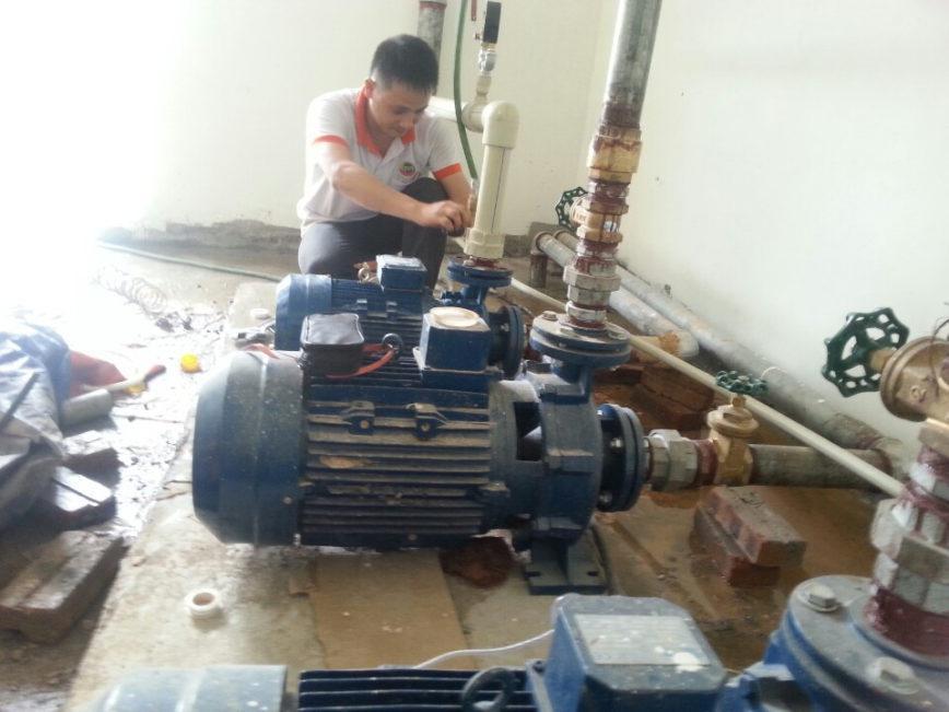 Chuyên sửa máy bơm nước tại quận 7. Tại nhà 24h